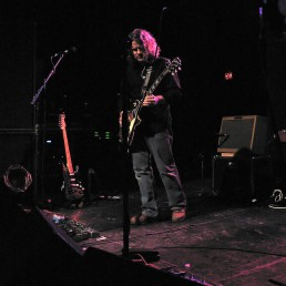 Rob on stage at the TLA Philadelphia 2007